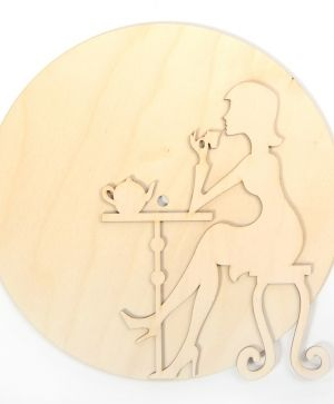 Wooden clock wall base - Lady with tea IDEA1326