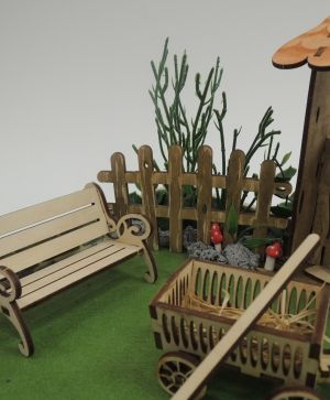 Wooden figurine -  Fence IDEA1631