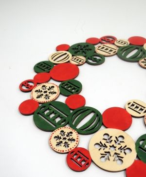 Wooden  Christmas wreath - IDEA0364