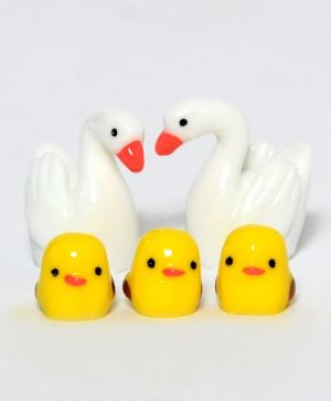 Set of mini white swans and ducklings, ID1426-1