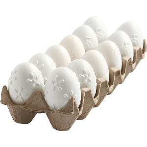 Plastic eggs, 12 pc, 6cm - C51024