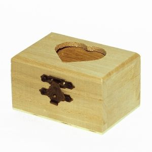 Wooden box 8x4.5x6 cm - Heart P5901